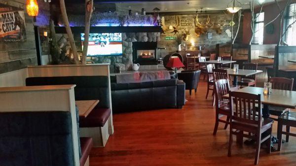 Hotel Bucksnort's Bar & Grill